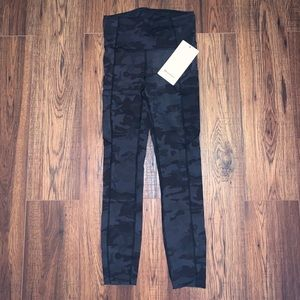 """NWT Fast and Free Tights 25"""" Lululemon"""